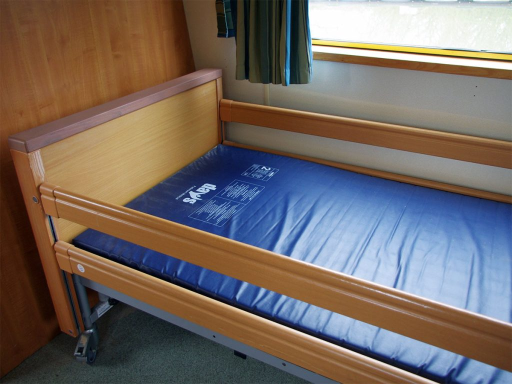 A bed on the Rachel